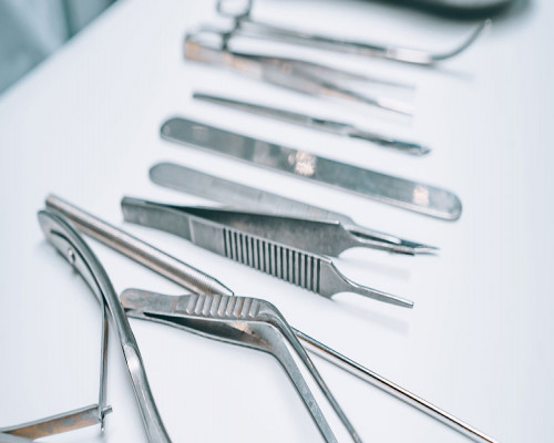 Different types of Anesthesia Equipments and products used by Anesthesiologist prior surgery
